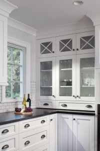 Want New Kitchen Cabinets? Try These Easy Updates First