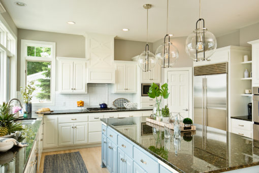 Wood or White? Learn the Advantages of Both Common Kitchen Cabinet Finishes